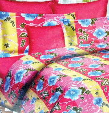 Pink Beautiful Floral Design Bed Sheets